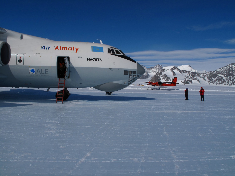 100km Antarctic Trek